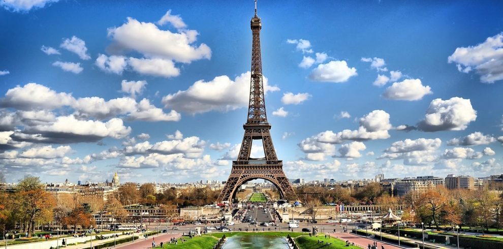 eiffel_tower_paris-HD-e1548222921893